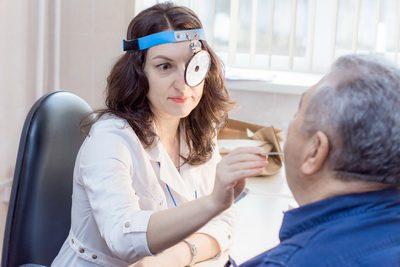 Удаление серной пробки и Промывание наружного слухового прохода и Туалет уха